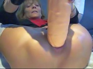 Extreme anal plug and orgasm