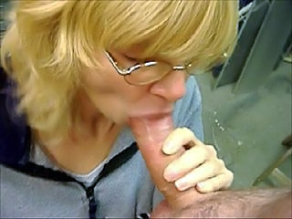 Just another Blowjob at Work