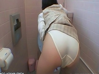 Horny Office Girl Toilet Masturb...