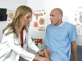 Lusty blonde doctor jerks off her patient\'s big bone3r