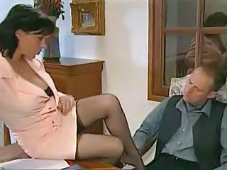 Elodie Cherie - stocking lose one's heart to