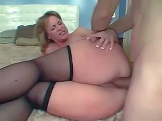 Nylons and heels porn