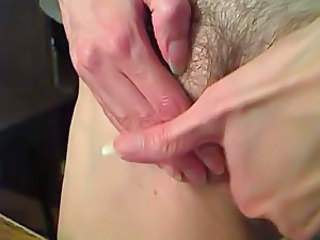 hairy girl fuckt a glass pepsi botel