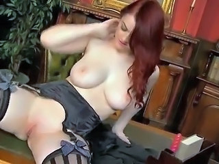 Red foxy girl Jaye perverted inside the office