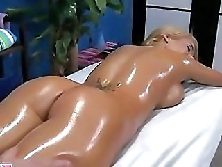 Olied porn and oily big ass anal, big butts oiled