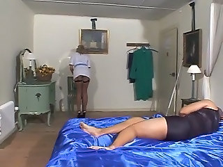 British crumpet gets fucked on the bed in fishnets