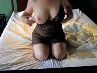 girl stripping and showing say no to huge heart of hearts wide resolution of cam