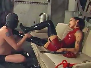 Fat Slave Down A Leather Haziness Shows How He Worships His Mistress