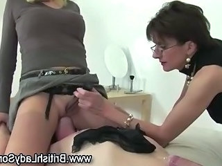 Slut gets her shoe fetish going on in skanky way with respect to lashing