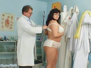 Busty Adult Woman Daniela Tits And Adult Pussy Gyno Exam