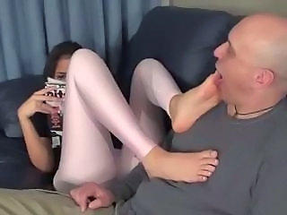 Stepdaughter knows he stands on feet