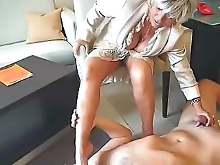 Lady B foot Massage
