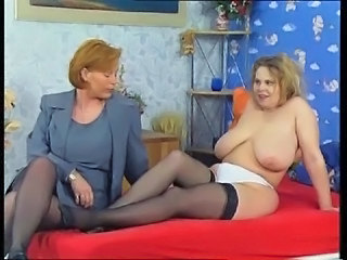SKANDAL Alongside DER FAMILIE#13 - GERMAN - KIRA RED  -B$R