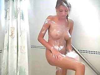 Carli, blonde unspecific luring a shower!!