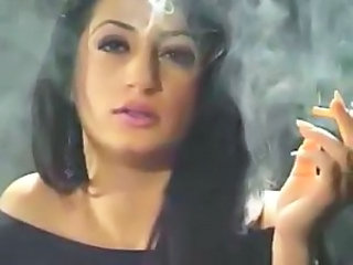 Persian Piece of baggage Smoking