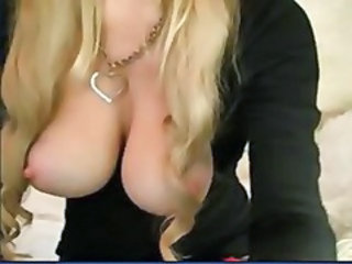 MILF& 039;s Milky Webcam Fun - Sappleq