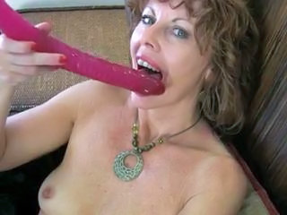 Milf Rubs Her Pussy With regard to Orgasm Sex Tubes