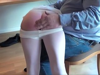 Maleen succeed in spanked at the end of one's tether daddy man