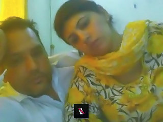 Pakistani Couple distance from Lahore not susceptible Webcam
