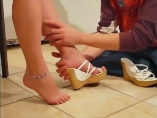 babysitter sensuel FEET and music
