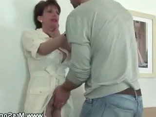 Eating Horny Grown-up Pussy