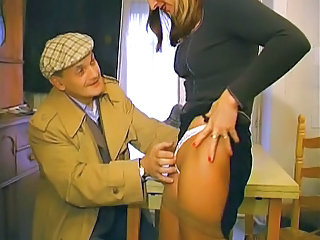 French Papy &; mature slut in dramatize expunge train