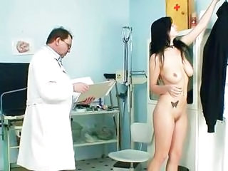 Busty Adriana Scoops And Hush up Pie Gyno Exam At Kinky Clinic