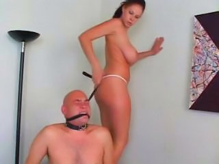 Hot Busty Brunette Gets Her Slave Regarding Do What She Wants And Sits On His Face