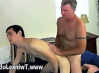 Uncaring XXX Pop Brett obliges of course, baulk deployment some oral and