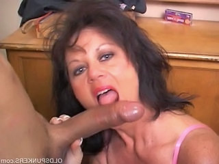 Well done grown up babe in arms gives a hot blowjob duty