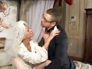 Horny bride dominates surrender her new hubby