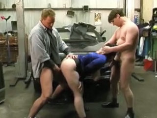 German Mature Fucked By Two Guys Take The Garage